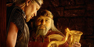 Ray Winstone and Anthony Hopkins in Beowulf